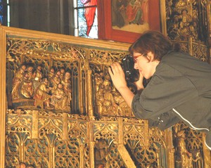 Prise de macro-photographies, MOGNEVILLE - Eglise,  Retable de la Passion